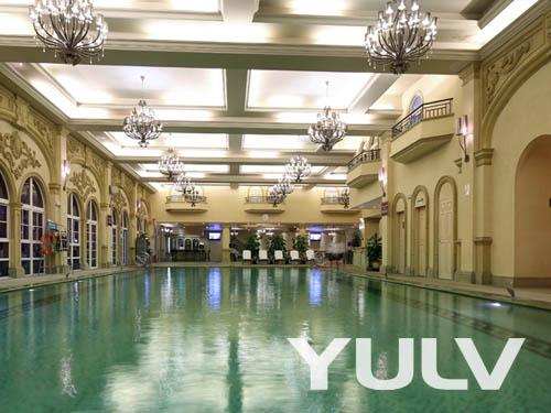 广州九龙湖公主酒店室内恒温游泳池