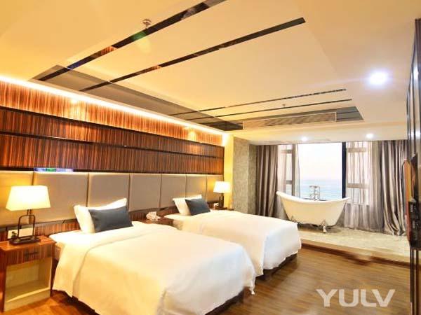 风车假日龙8国际授权网站(阳江旅游大道店)观海家庭套房