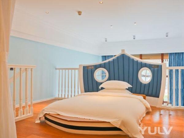海洋主题复式亲子双床房